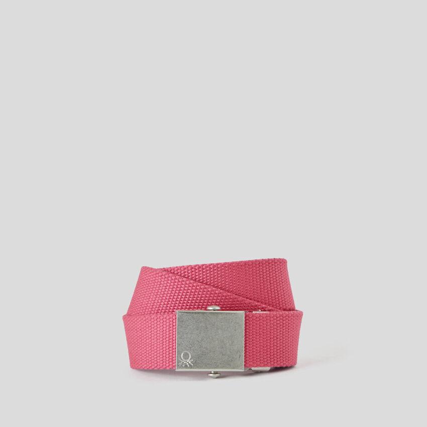 Cinturón con hebilla de placa