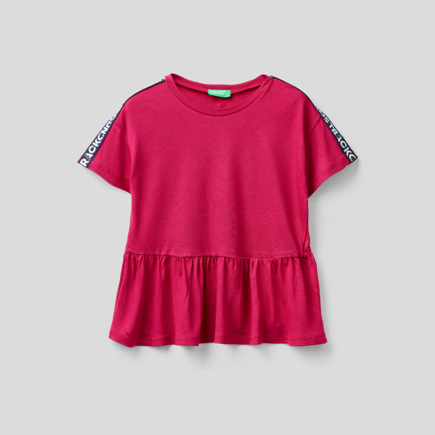 Wide t-shirt with frill
