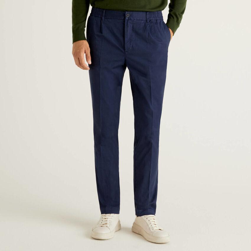Pantalón con elástico en la cintura