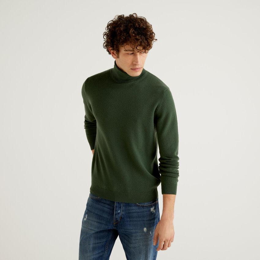 Military green turtleneck in pure virgin wool