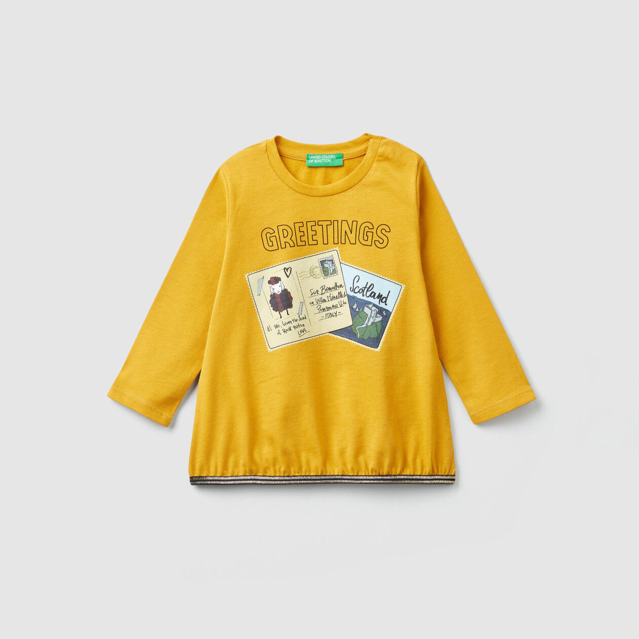T-shirt with postcard print