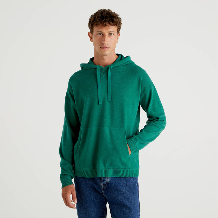 Sweater with hood in wool blend