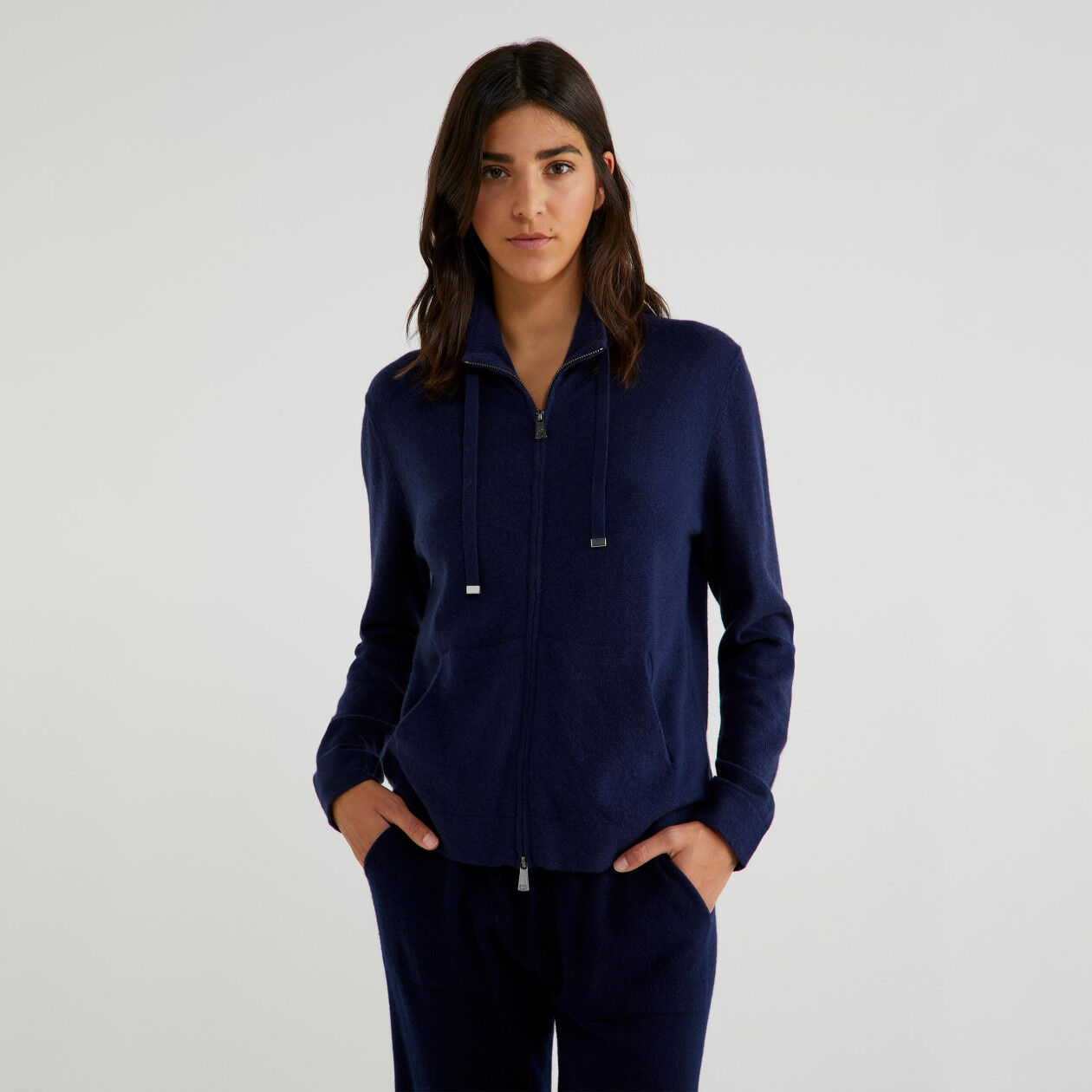 Zip-up sweater in virgin wool and cashmere