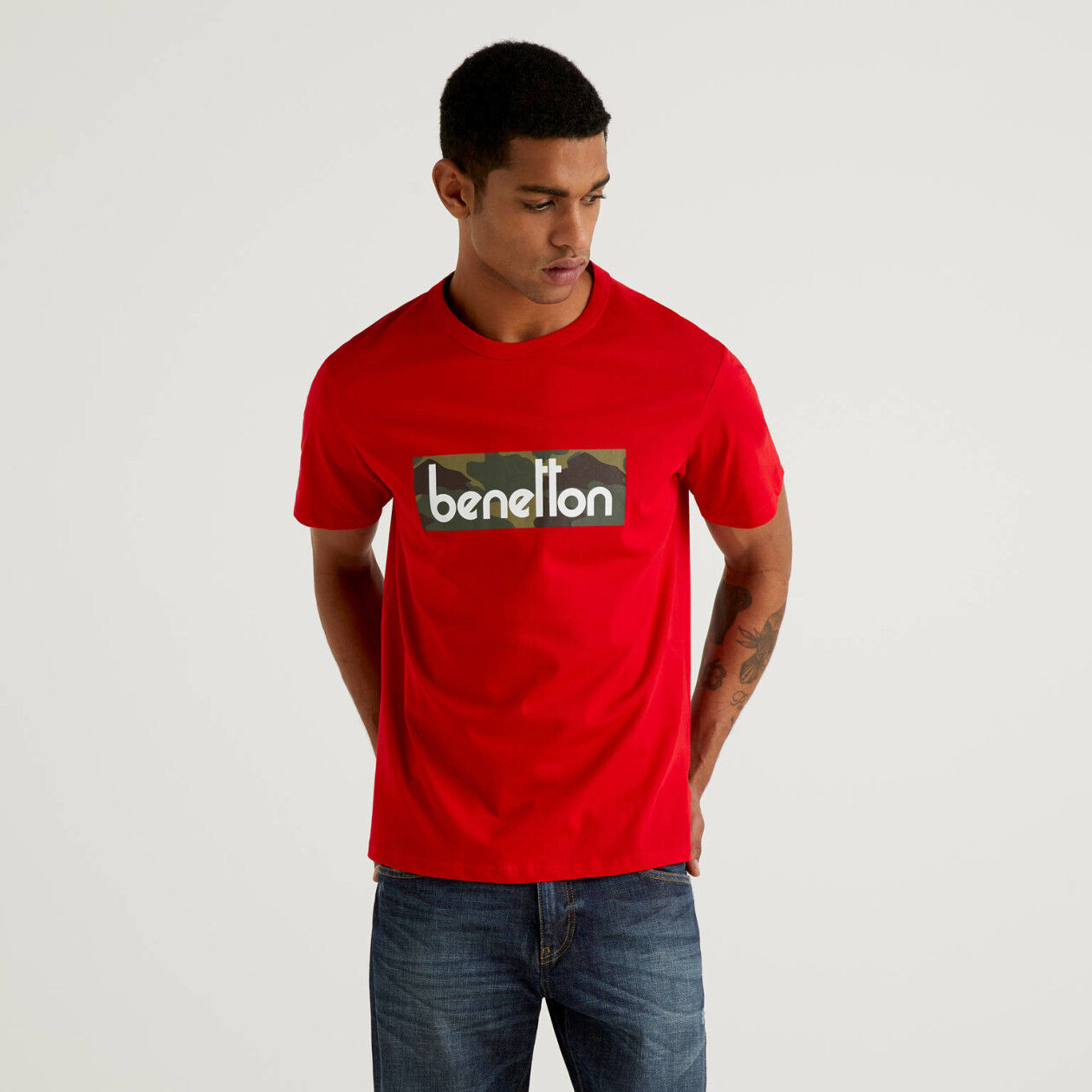 Red t-shirt with logo print