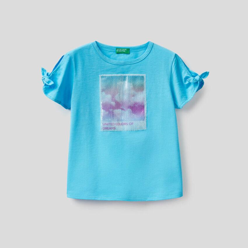 Camiseta con panel de lentejuelas