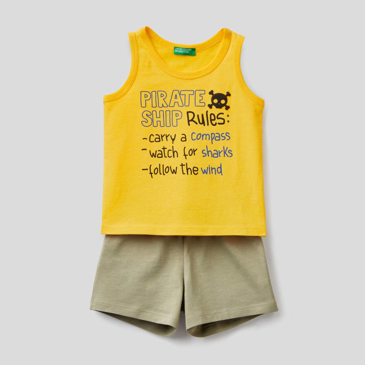 Conjunto de camiseta de tirantes y pantalón corto