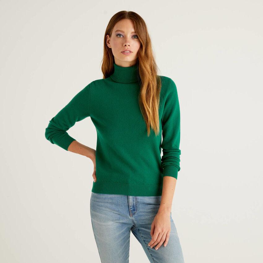 Jersey de cuello cisne verde oscuro de pura lana virgen