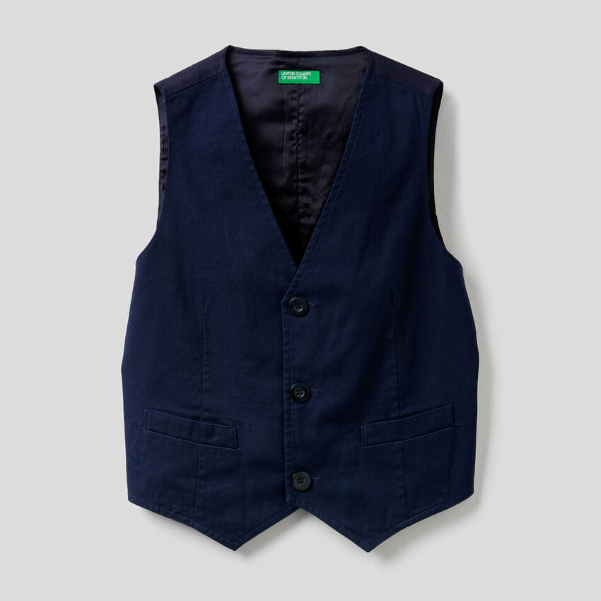 Stretch cotton vest