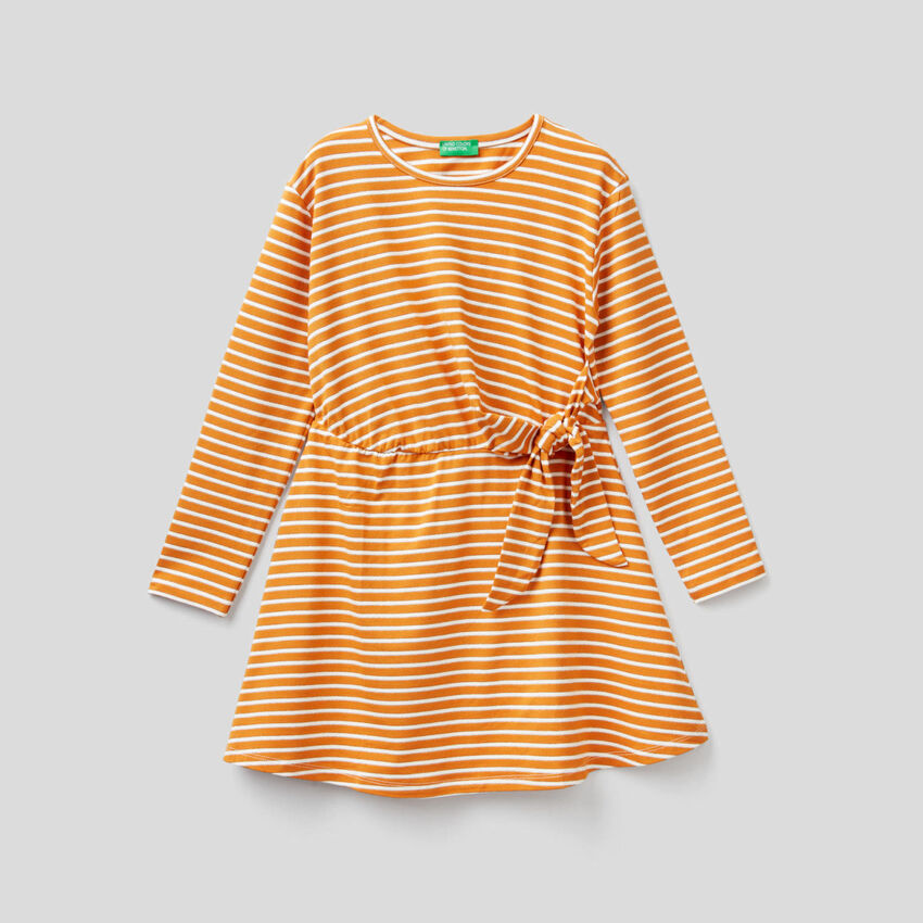 Striped dress with bow at waist